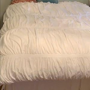 PB ruched white duvet